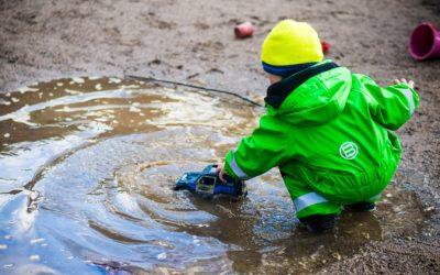 Metode dela z otroki s SAM – izobraževanje za spremljevalce / asistente otrok z avtizmom